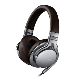 3.Sony MDR-1AS